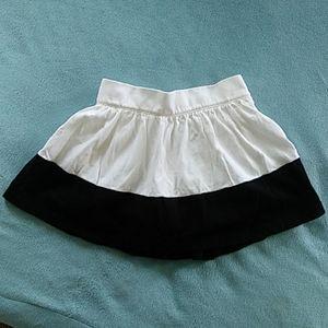 Girls Old Navy skirt Size 2T